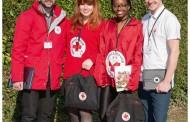 La Croix-Rouge organise des campagnes de sensibilisation auprès du grand public.