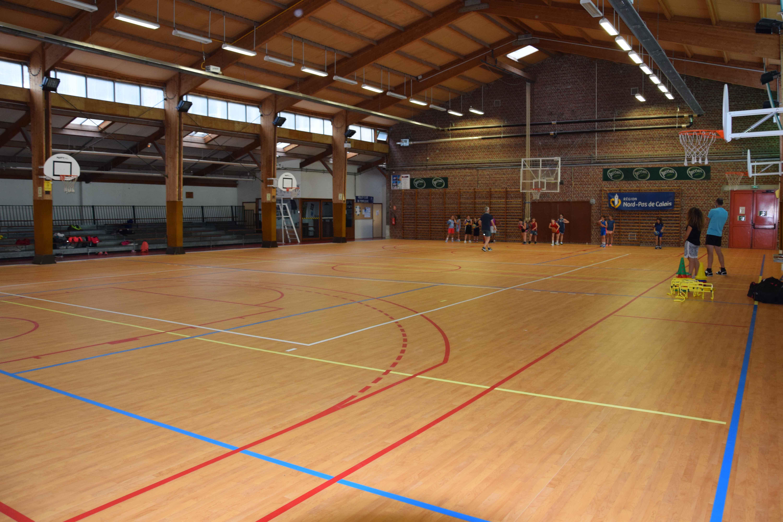Nouveau revêtement de sol de « l'ancienne » salle des sports